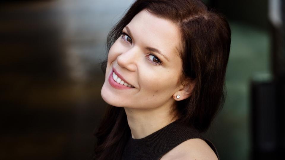 PODCAST: Unboxing-Interview mit Musical-Darstellerin Lisa Antoni