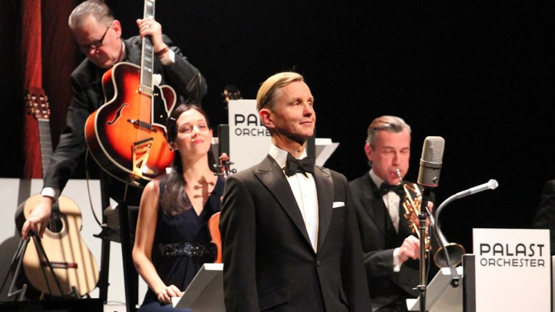 Max Raabe & das Palast Orchester