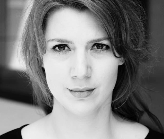 PODCAST: Wie englische Musical-Darsteller Deutsch lernen – Sprechtrainerin Sarah Giese im Unboxing-Interview